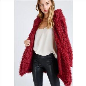 🎉HP🎉💕 Last 1 Size L 🌸Vegan Fur Hooded Jacket💕